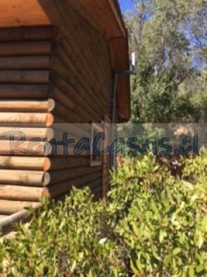 arriendo cabaña de troncos en parcela en medio de bosque nativo