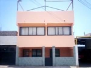 antofagasta, arriendo casa amplia solida antisismica
