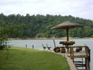 arriendo de caba�as a orilla de lago rapel