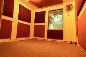 sala oficina ideal taller, clases, artes, lutheria